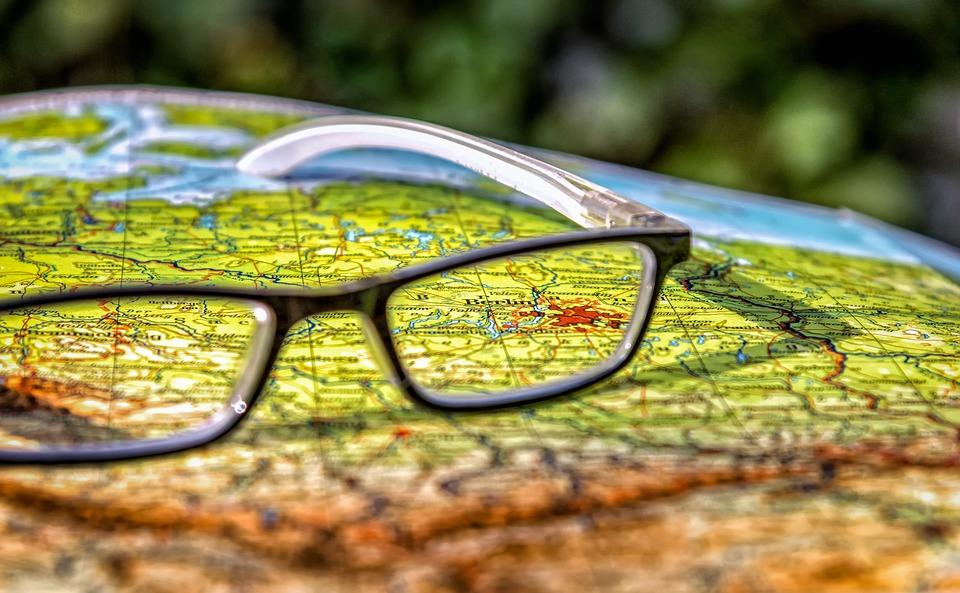 teach kids to read maps